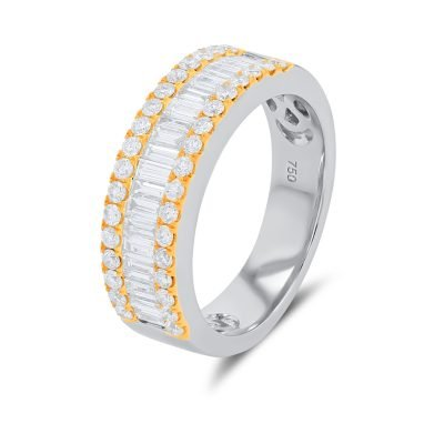 ROUND, BAGUETTE DIAMOND RING